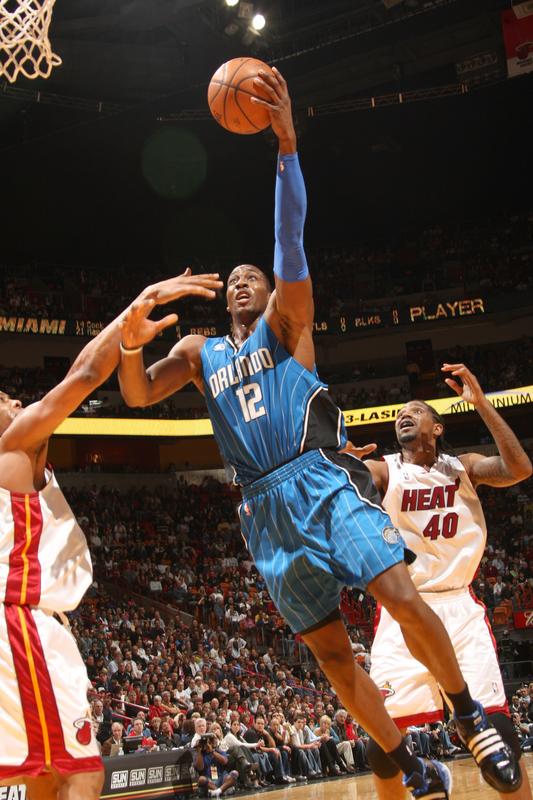 Dwight Howard of the Orlando Magic shoots a hook shot against the Miami Heat on Saturday, January 24th, 2009.