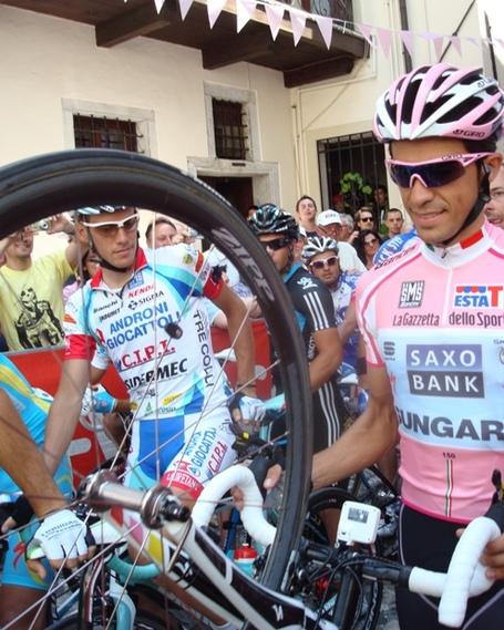 Alberto Contador in the Maglia Rosa. Photo: Susie Hartigan