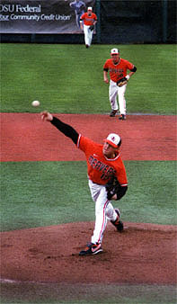 Nygren_pitching_medium