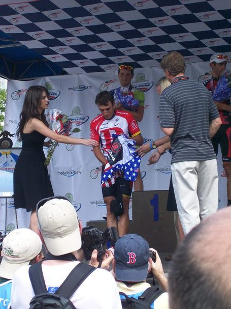 2011_uspro_busche_gets_jersey_medium