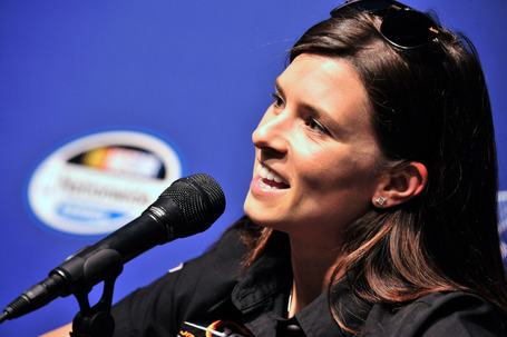 2011_chicagoland_june_nns_practice_danica_patrick_news_conference_medium
