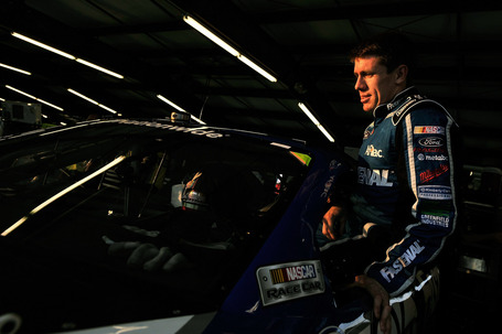 2011_chicagoland_june_nns_practice_carl_edwards_gets_in_car_medium