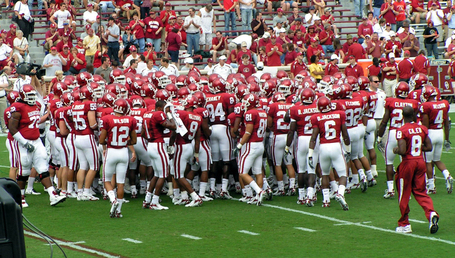 Oklahomasooners-teamhuddle-20070908_medium