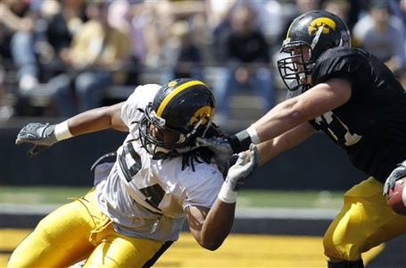 36636_iowa_michigan_st_football_medium