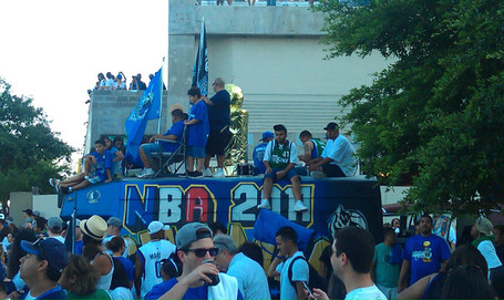Mavs_parade_2_medium