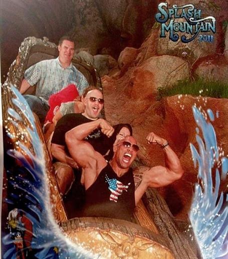 Dwayne-the-rock-johnson-rides-splash-mountain_medium