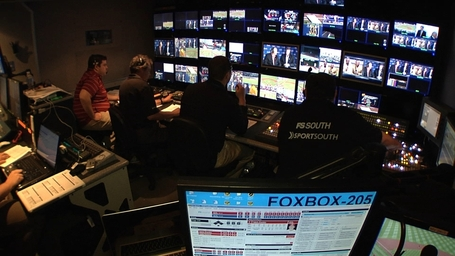 Braves_live_production_truck_medium