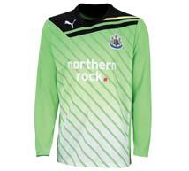 2011-12_away_kit_goalkeeper_medium