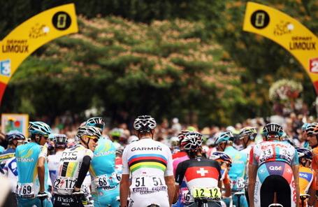 Tour de France, stage 15, start. Photo: Bryn Lennon/Getty.
