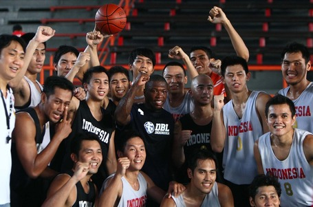 Nate_with_indonesia_men_s_national_basketball_team_medium