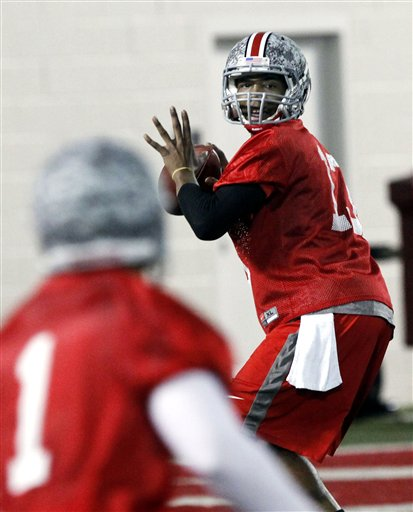 58115_ohio_st_qbs_football_medium