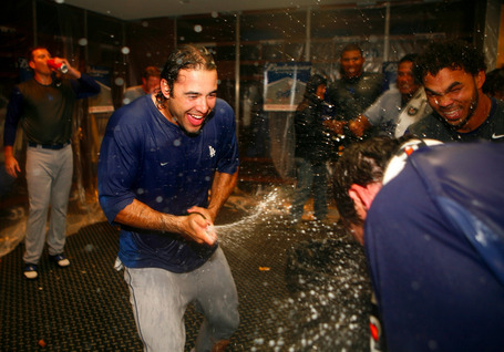 Dodgers-st-louis-2009-nlds-celebration-ethier_medium