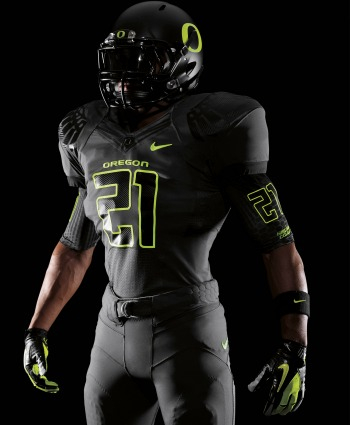 New_oregon_nike_pro_combat_uniforms_vertical_medium