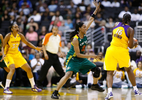 La_sparks___seattle_storm_073_medium