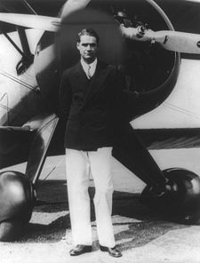 225px-howard_hughes_medium