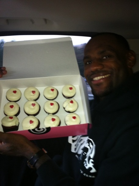 Lebron_gtown_cupcakes_medium
