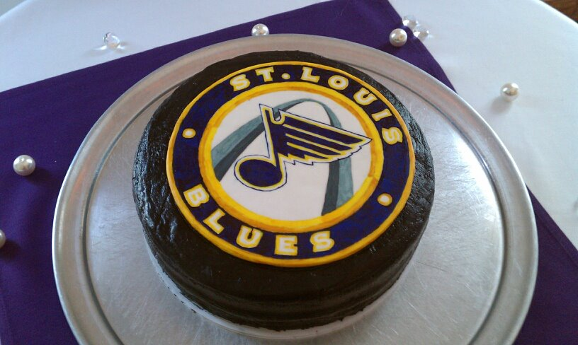 Eat The Blues Fans Order Logo Cake For Wedding St Louis Game Time