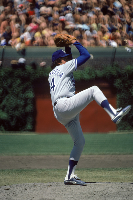 Fernando-valenzuela-wrigley-1981-getty_medium
