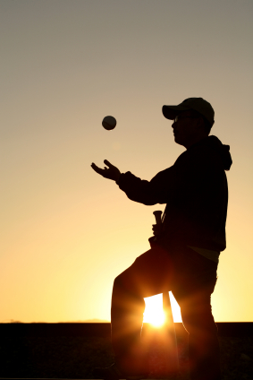 Softballsilhouette_medium
