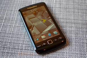Blackberry-torch-9850-screen-300