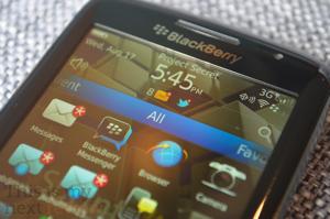 Blackberry-torch-9850-screen-300-2