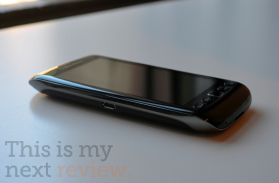 Blackberry-torch-9850-review-top-555