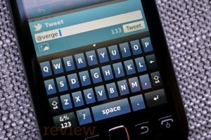 Blackberry-torch-9850-soft-keyboard