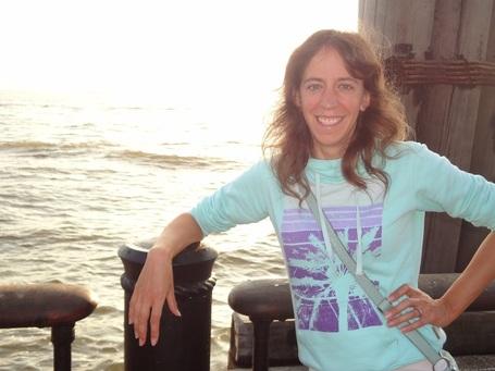 Helen_wyman_-_by_the_ocean_medium