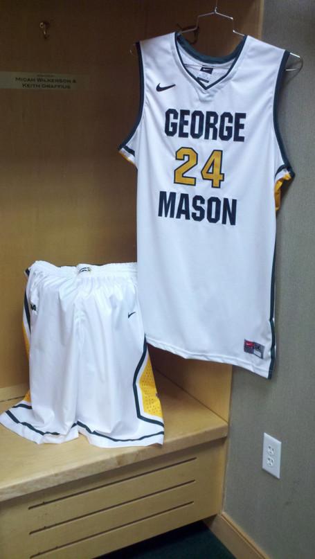 Mason_basketball_medium