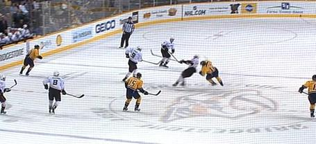 Mike_fisher_injury_4_2011-10-29_medium