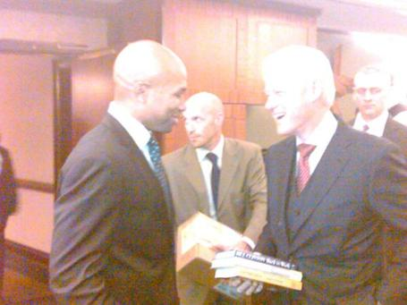 Bill_clinton_derek_fisher_medium