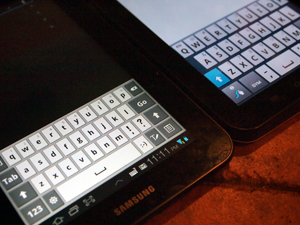 Galaxy-tab-7-plus-rm-verge-300-keyboard