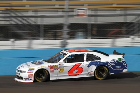 2011_phoenix_nov_nns_practice_ricky_stenhouse_jr_car_medium