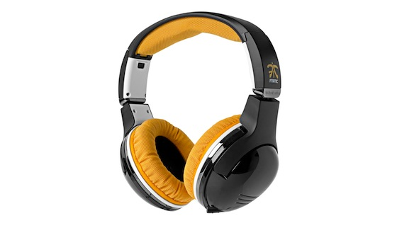 Steelseries-7h-fnatic_angle-image-1