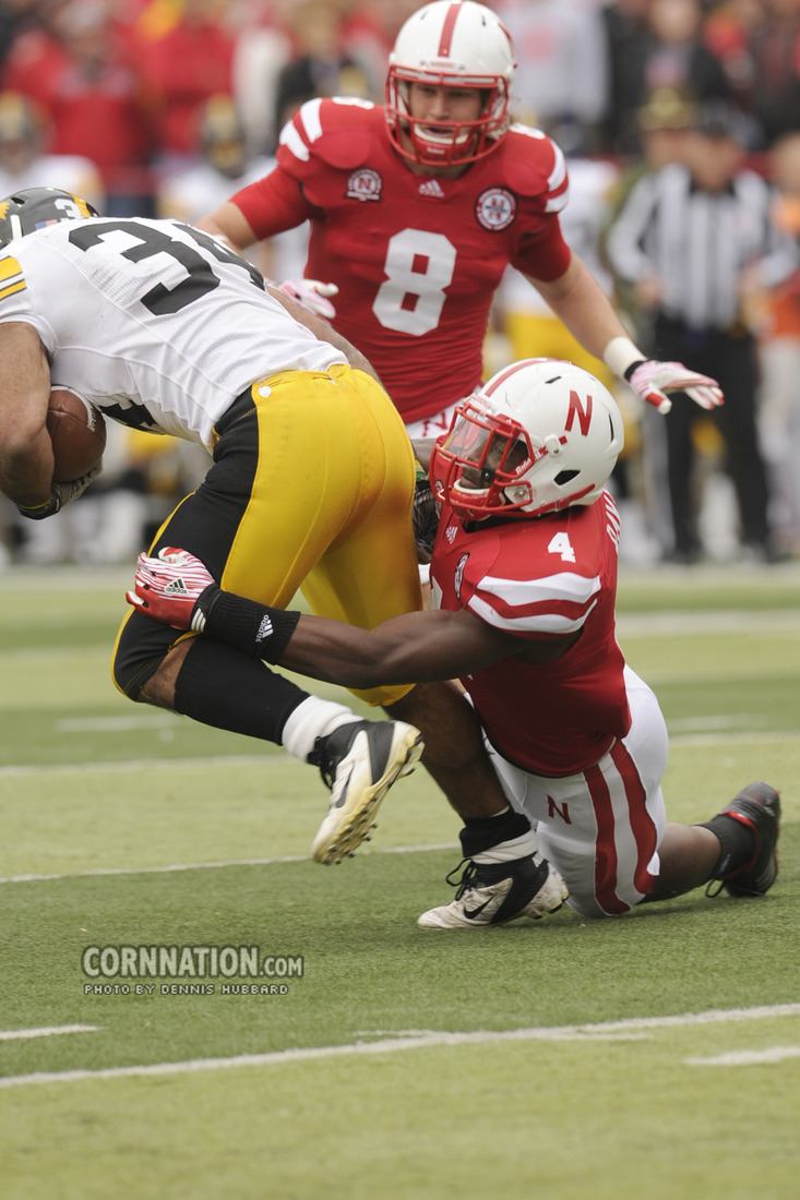 Lavonte David versus Iowa