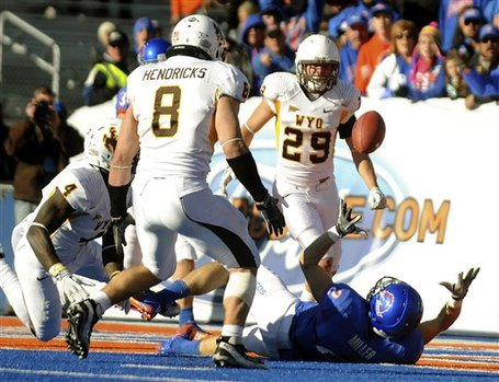70198_wyoming_boise_st_football_medium