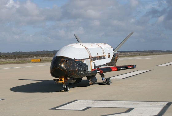 United_states_air_force_s_x37-b_otv-2_space_plane