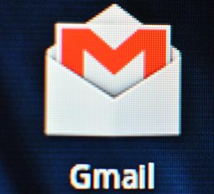 Gmail-macro-xoom2-300