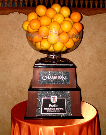 Orange_bowl_trophy_medium