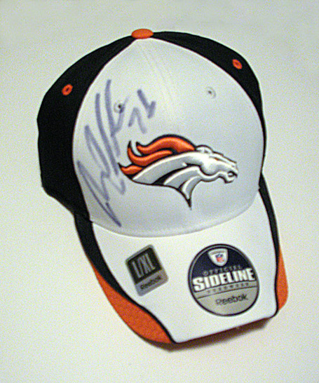 Clady_hat2_medium