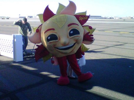 Fiesta_bowl_mascot_spirit_medium