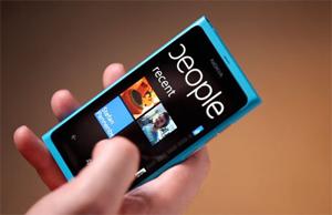 Lumia-800-300