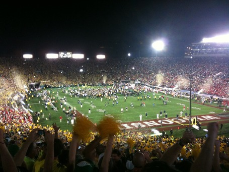 Rose_bowl_oregon_wins_medium