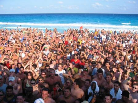 Spring-break-crowd_medium