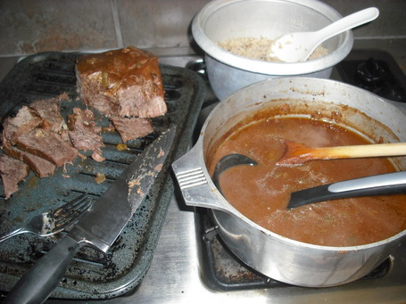 Pot_roast_011_medium