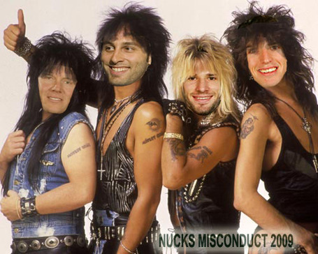 Motley_crue_canucks_medium
