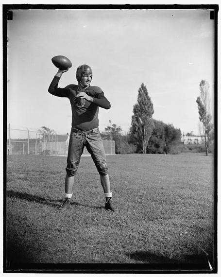 Sammy_baugh_medium