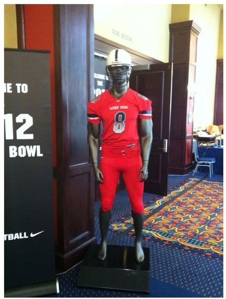 Senior_bowl_uniforms_medium