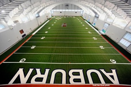Indoor_practice_facility_medium