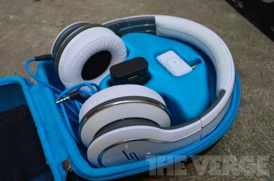 Sync-headphones-review-open